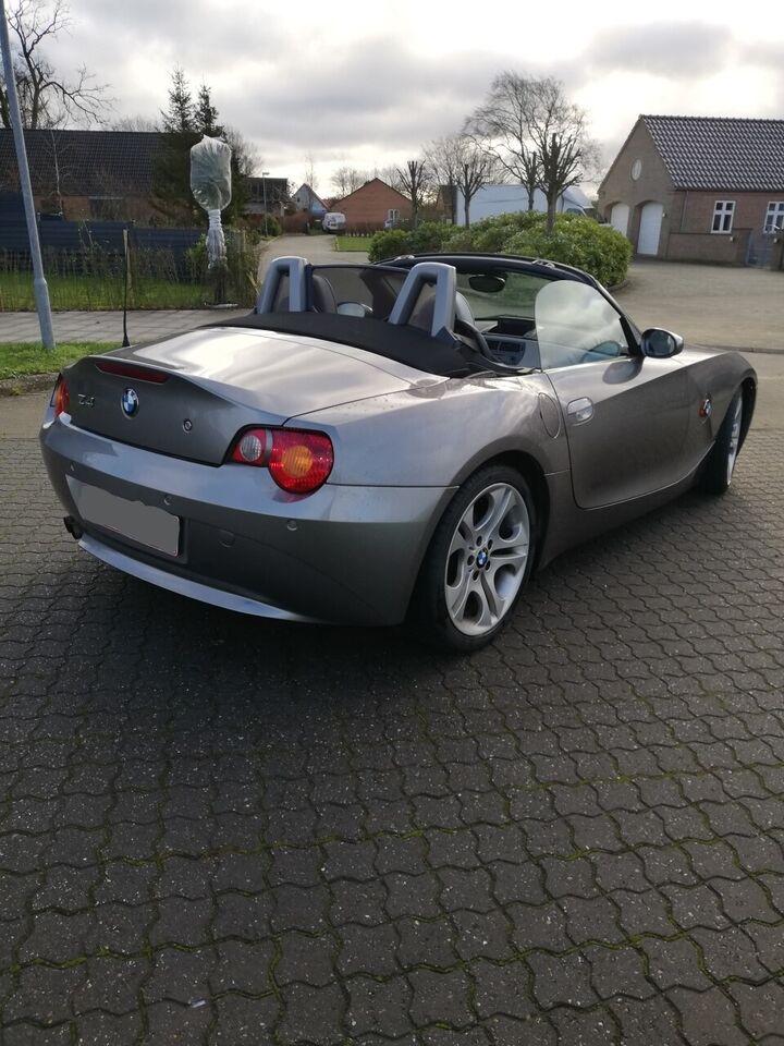 BMW 330i, 3,0 Coupé aut., Benzin