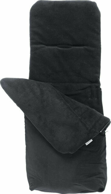 Brand new in bag Clair de lune 2 in 1 all seasons footmuff and Liner in black