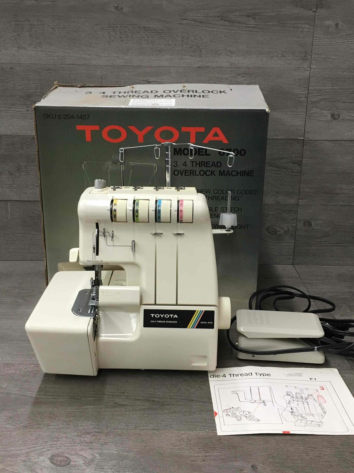 s l1600 - Toyota 6700 3/4 Serger Sewing Machine With Box