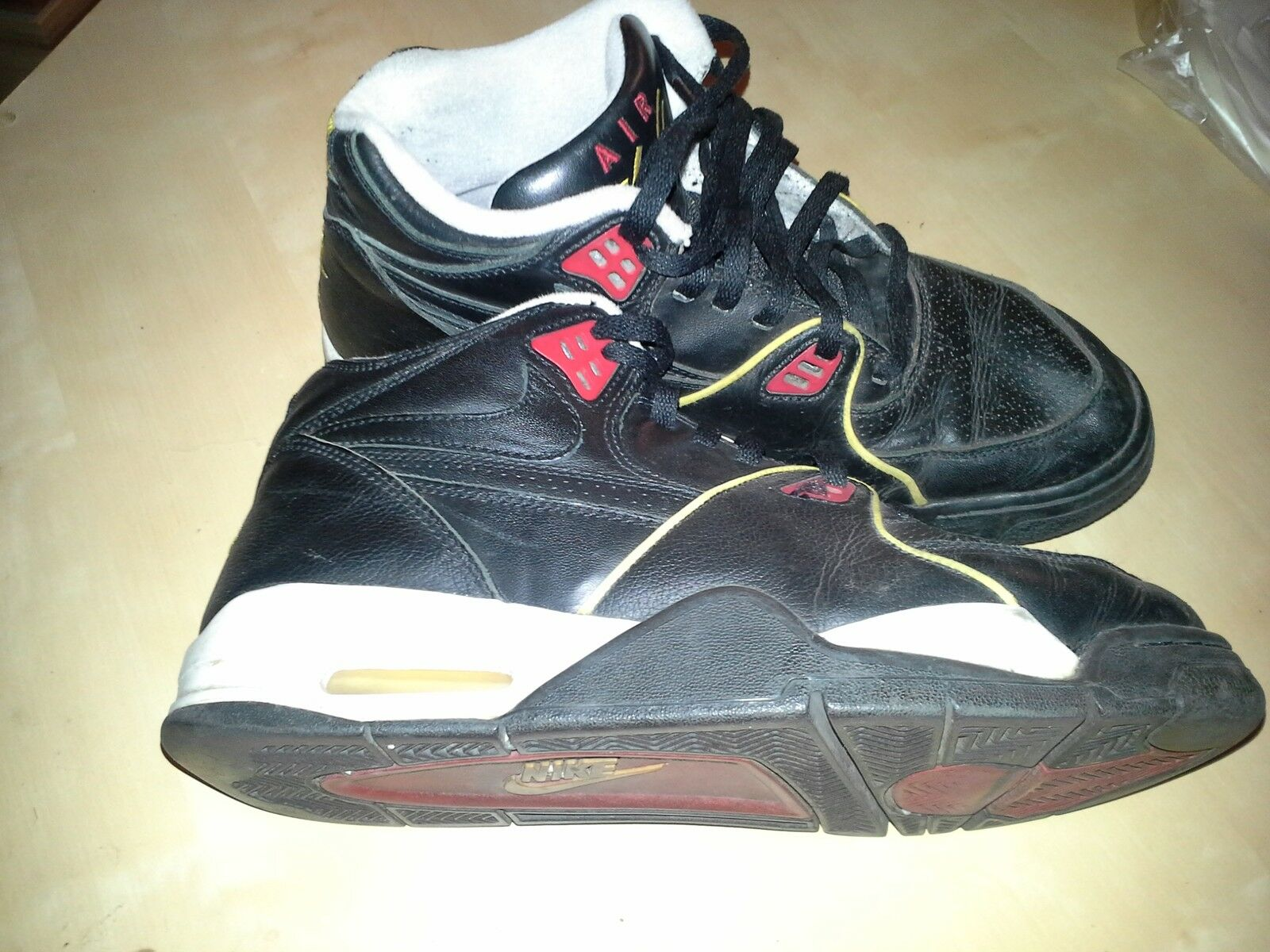 NIKE AIR FLIGH 89´ Größe US:10,5 EUR:44,5