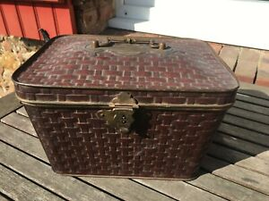 ANCIENNE-BOITE-BISCUIT-PANIER-METAL-DEAN-039-S-FIFTH-AVENUE-NEW-YORK-OLD-TIN-BOX