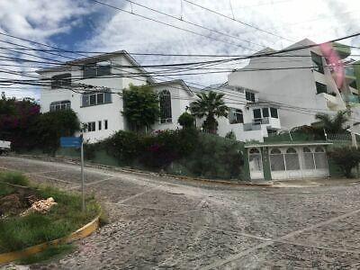 CASAS EN RENTA DE 6 RECAMARAS, COL. LOMA DORADA, QUERETARO