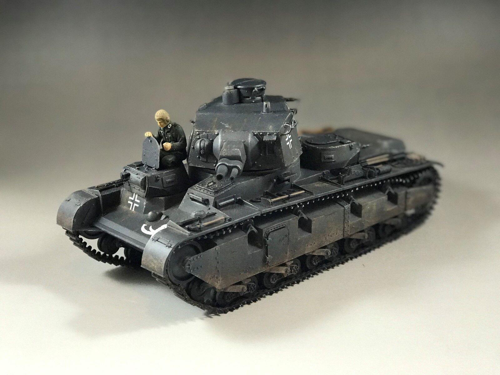 1/35 construido Neubaufahrzeug nbfz multi-torreta tanque (factible pistas & suspensión)