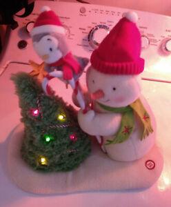 Hallmark-2010-Trimming-the-Tree-Jingle-Pals-Penguin-Snowman-Techno-Plush