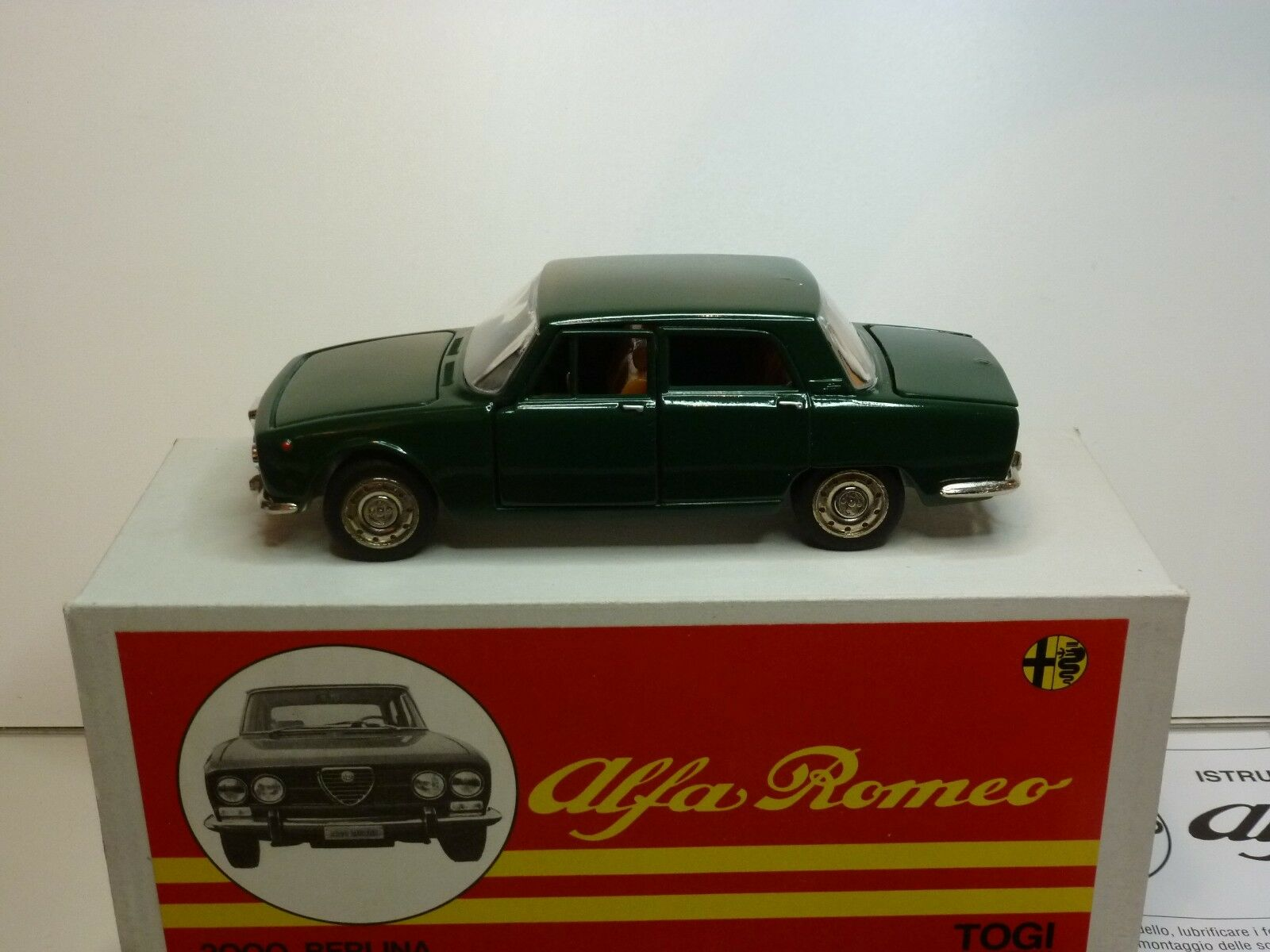TOGI 9 72 ALFA ROMEO 2000 BERLINA - ENGLISH verde 1 23 - VERY GOOD IN BOX