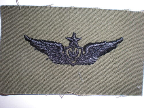 US ARMY SUBDUED EMBROIDERED ARMY SENIOR AIRCREW BADGE