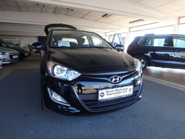 Hyundai i20 1,25 Comfort 5d - 69.900 kr.