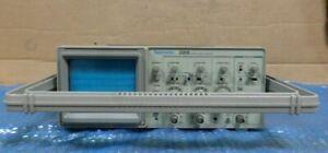 Tektronix-2205-20MHz-Oscilloscope