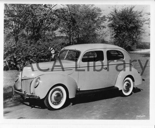 Factory Photo 1939 Ford Deluxe Tudor Ref. # 42067
