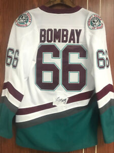 Men  039 s The Mighty Ducks Jersey  66 Gordon BOMBAY Ice Hockey ... 063ec126f6c