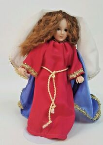 Paradise-Galleries-Treasury-Collection-Mary-Nativity-Scene-Porcelain-Doll