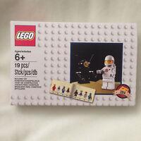 Lego Exclusive 5002812 White Spaceman Astronaut Minifigure Rare Set