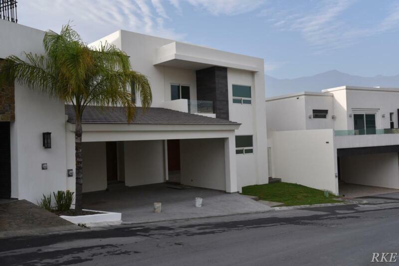 Casa en Venta en La Herradura, Campo de Golf en Monterrey