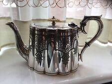 Superba ANTICO vittoriano ARGENTO PLACCATO inseguito Tea Pot