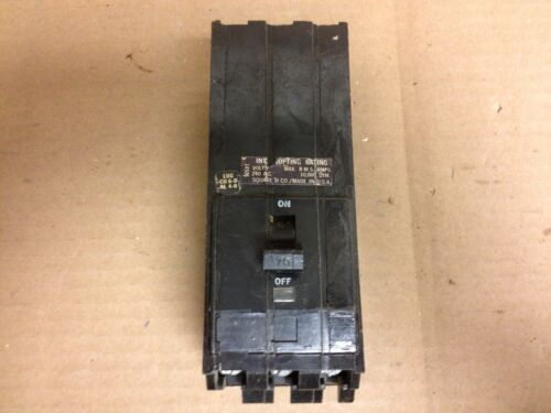 SQUARE D Q1 70 AMP 3 POLE Q1370 CIRCUIT BREAKER Q1-370