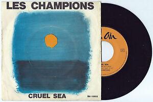 """7"""" LES CHAMPIONS Cruel sea/Martian hop (Bel Air 64 ITALY)surf library unique VG+"""