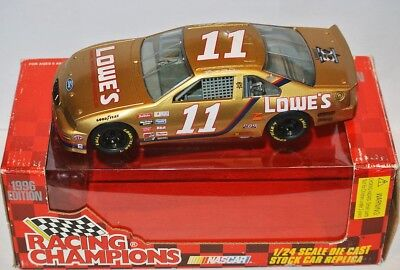 #11 Ford Nascar 1996 * Lowe's * - Brett Bodine - 1:24-mostra Il Titolo Originale