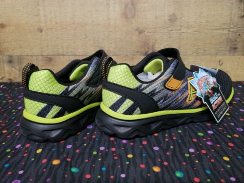 Airators 177055 Mantis Runner Sneakers Junior Boy Shoes Size:2.5 New With Box