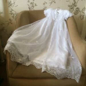 4e3586be290 OLD FASHION LONG WHITE BABY GIRLS CHRISTENING GOWN DRESS   BONNET 3 ...