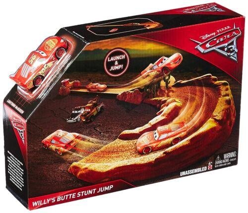 Disney Pixar FBG41 Cars 3 Willy/'s Butte Stunt Jump Vehicle Playset