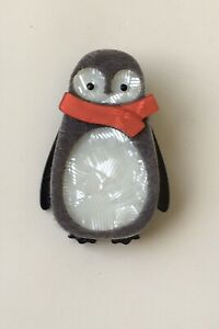 Unique-Penguin-Pin-Brooch-In-acrylic