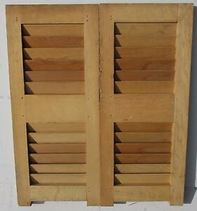 PAIR VINTAGE FIXED LOUVER INTERIOR WINDOW SHUTTER PANELS 22 14 x