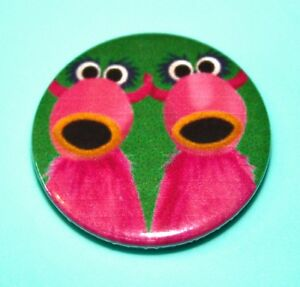 THE-MUPPETS-SNOWTH-PUPPET-INSPIRED-BUTTON-PIN-BADGE