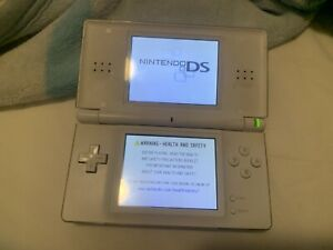 Nintendo DS Lite Handheld Console with  GBA Port Cover - Polar White