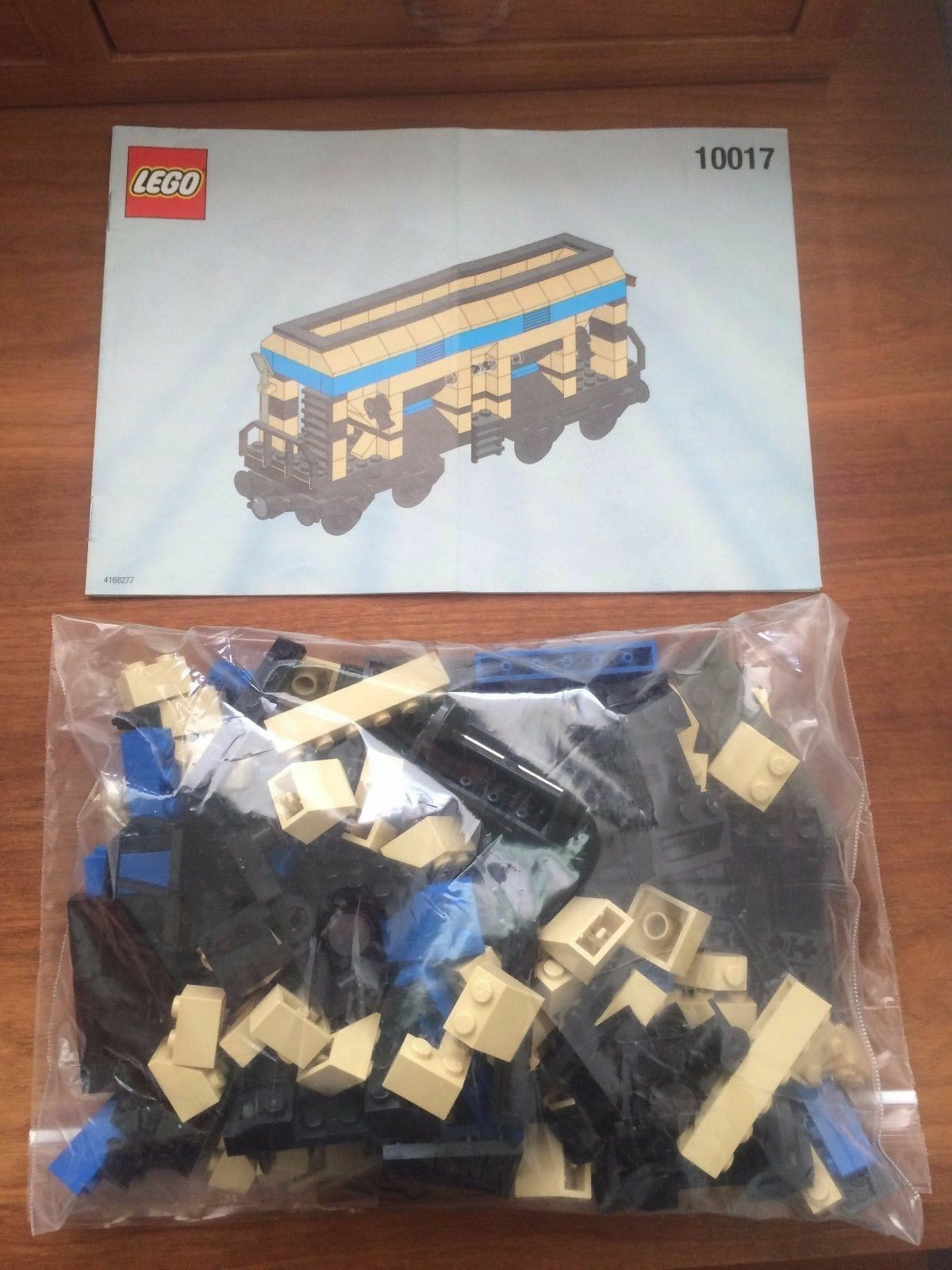 Lego Train - Hopper Wagon 10017 - 100% Complete Guaranteed Guaranteed Guaranteed w  Instructions f0773d