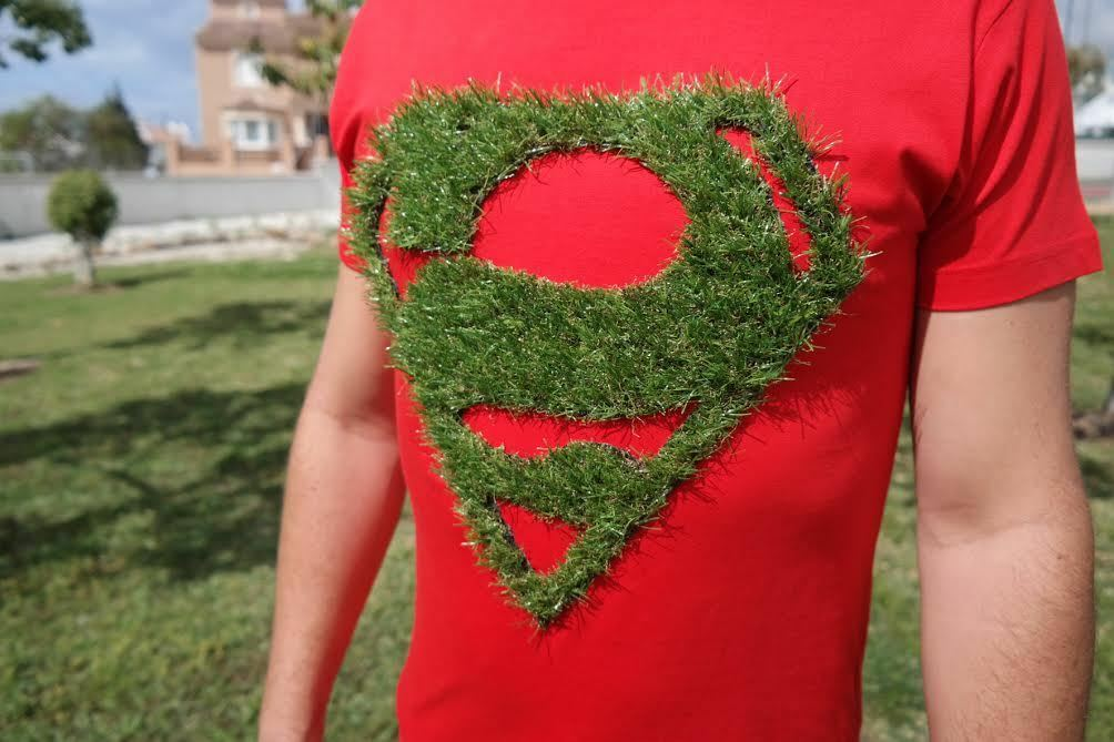 100% cotton casual shirt for men, with shield superhero in turf, red, size S