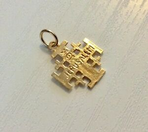 Nice-Vintage-18-Carat-Gold-Jerusalem-Cross-Pendant-or-Charm