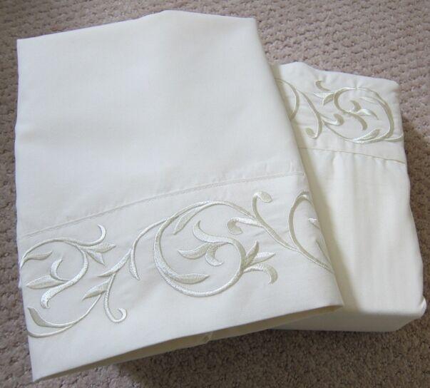 4pc Chateau Microfiber Weiß Ivory Taupe Sage Blau Choc Embroidery Sheet Set Q K