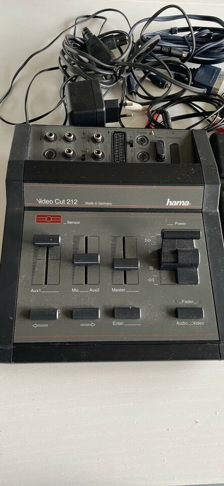 Video redigering , Hama, Video Cut 212
