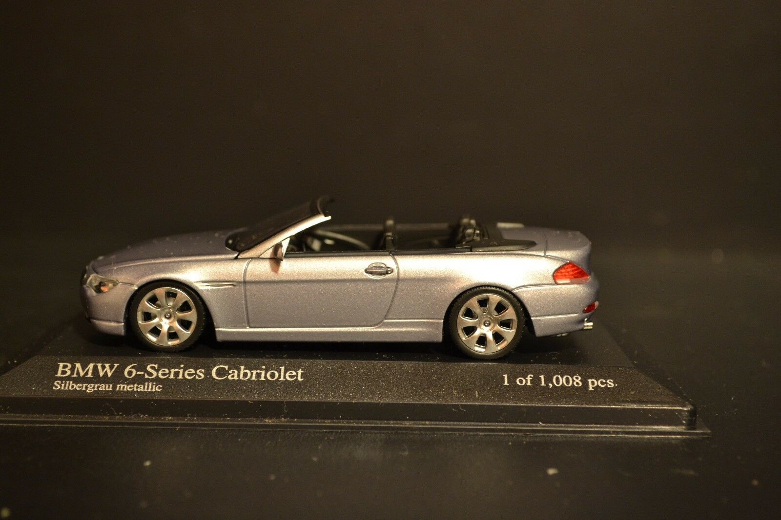 BMW 6-series Cabriolet Limited Edition Minichamps diecast vehicle in scale 1 43