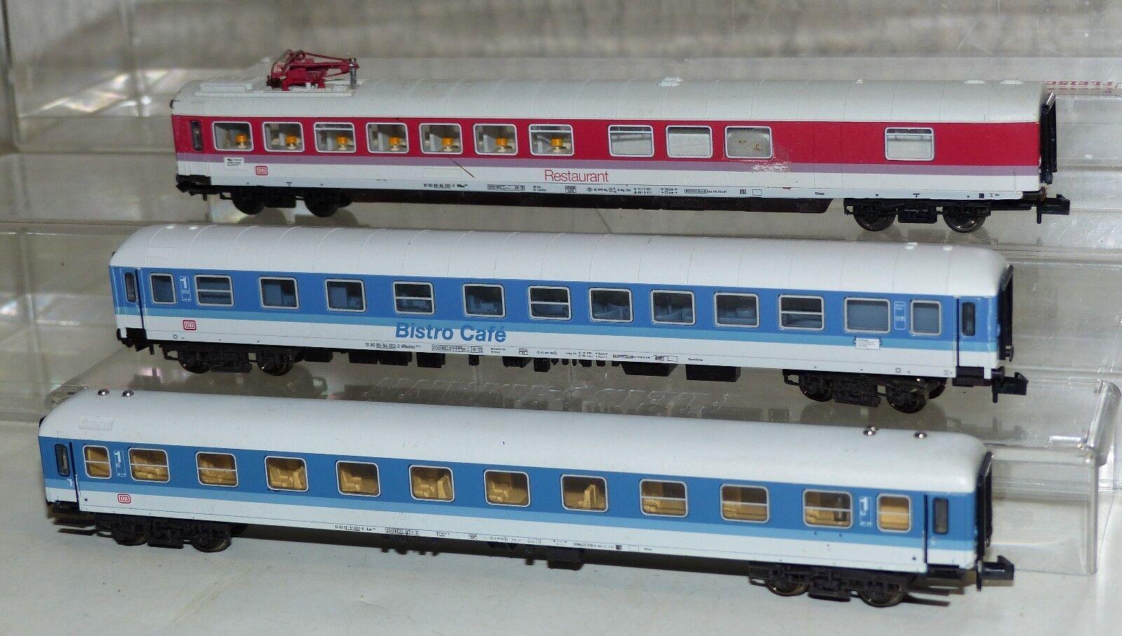 3x vetture passeggeri inteiregionale  Fleischmann 8178 K, 8182, Minitrix 13350 K traccia N