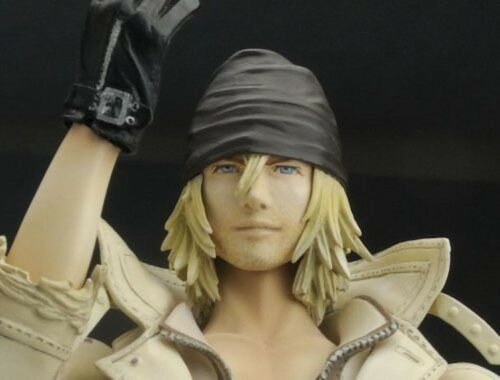 USED Final Fantasy XIII Play Arts Kai Snow Villiers Figure Square Enix