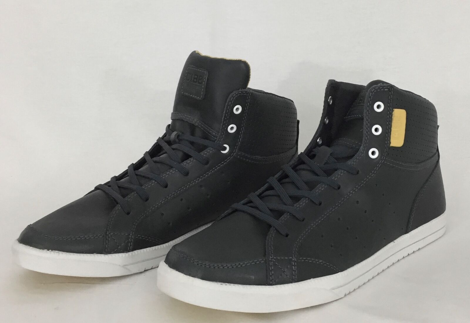 Clae Gregory Wilder High-Top Sneaker in Gray Pavement Leather US 9 NIB 150