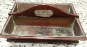 Vintage-Farmhouse-Primitive-Wood-Tool-Utensil-Caddy-w-Copper-Liners-amp-Handle