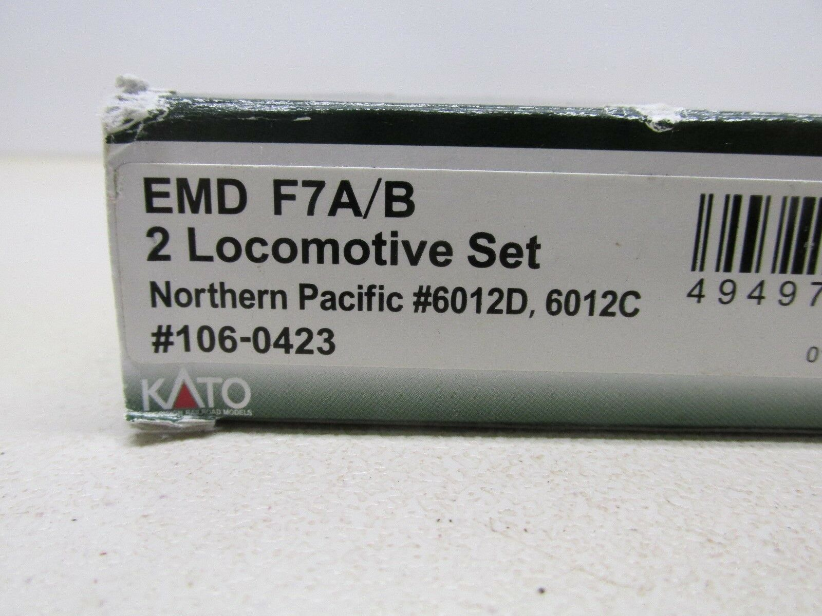 KATO    NORTHERN PACIFIC F7 A B POWERED LOCOMOTIVE'S D & 6012C N SCALE 982274