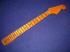 Scalloped vintageyellow Gitarrenhals für Stratocaster, Malmsteen/Blackmore/Roth