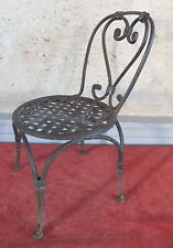 chaise de jardin fer forge poupee ou maitrise jouet decoration