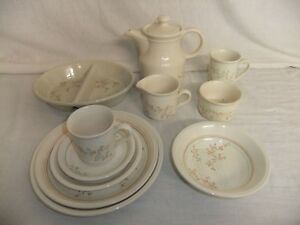 C4 Pottery Biltons Rose Trellis 8A2A   eBay