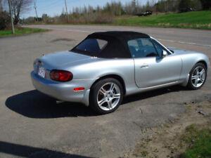 2004 Mazda Miata convertible