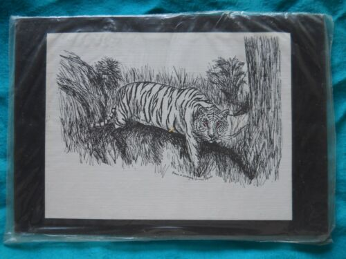 6 Blank Notecards and Magnet New Tiger Walking 3 Piece Set-Notepad