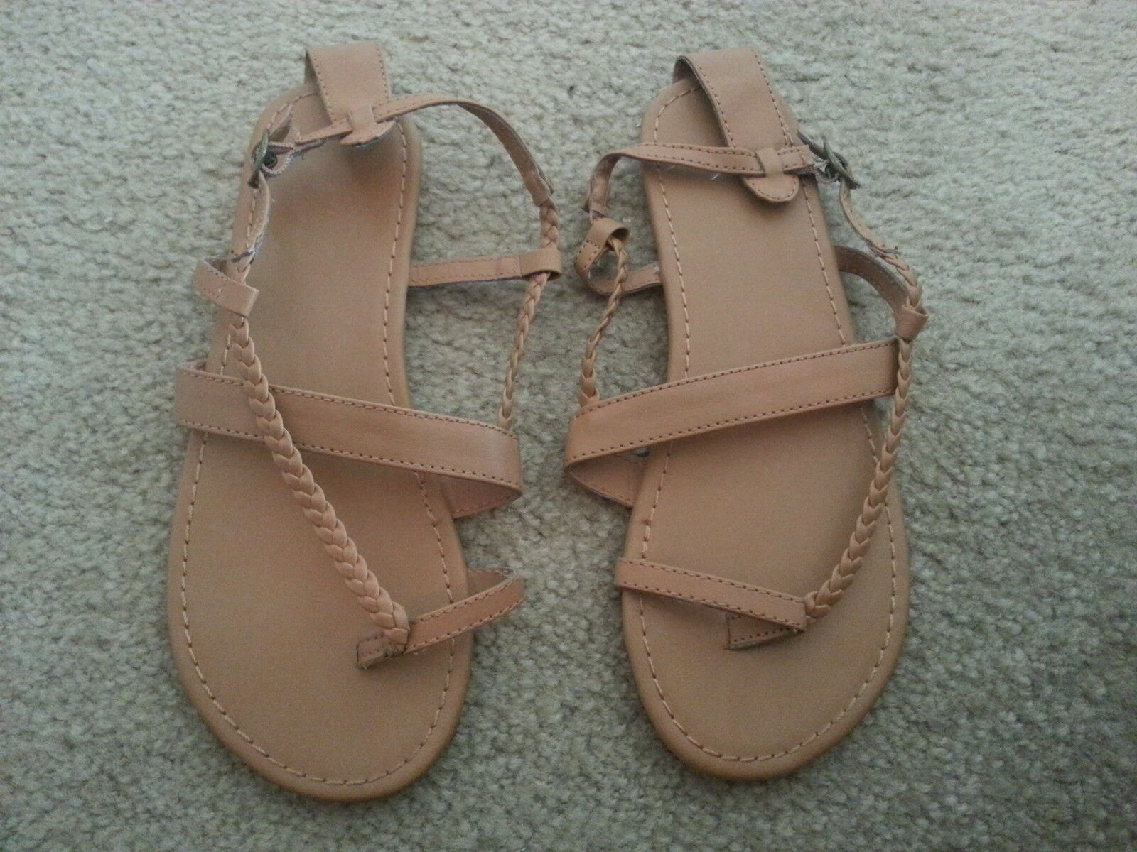 Divided Brown / Gladiator Tan Flat Strappy Braided Gladiator / Sandals - US 5 / NWOT! 5ab7c5