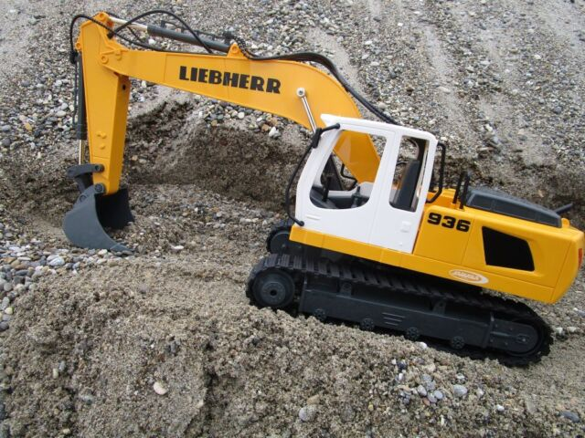 Jamara 405112 Bagger Liebherr R936 1 20 2 4g Destruction Set Baustelle