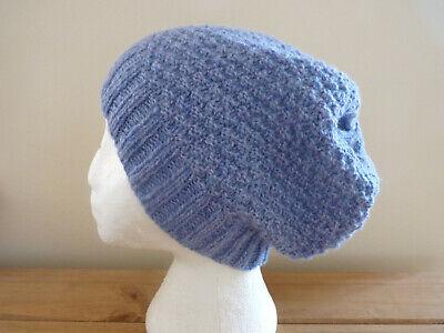 A Woman's Hand Knitted Pura Lana Cappello Beanie, In Blu Chiaro, M, Nuovo.-mostra Il Titolo Originale Sentirsi A Proprio Agio