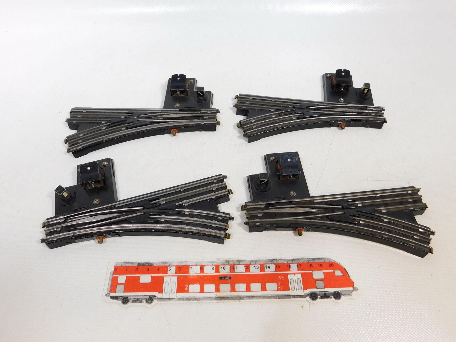 CB82-1  4x Trix Express H0 DC 20 28 Bakelit-E-Weiche mit Laternenimitat