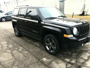 2016 Jeep Patriot 4x4!!!LOW KMS!!$12000-TAXES IN!!!!!!!!