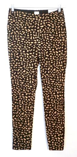 Black//Camel NWT $69 Chico's Zenergy So Slimming Printed Leggings